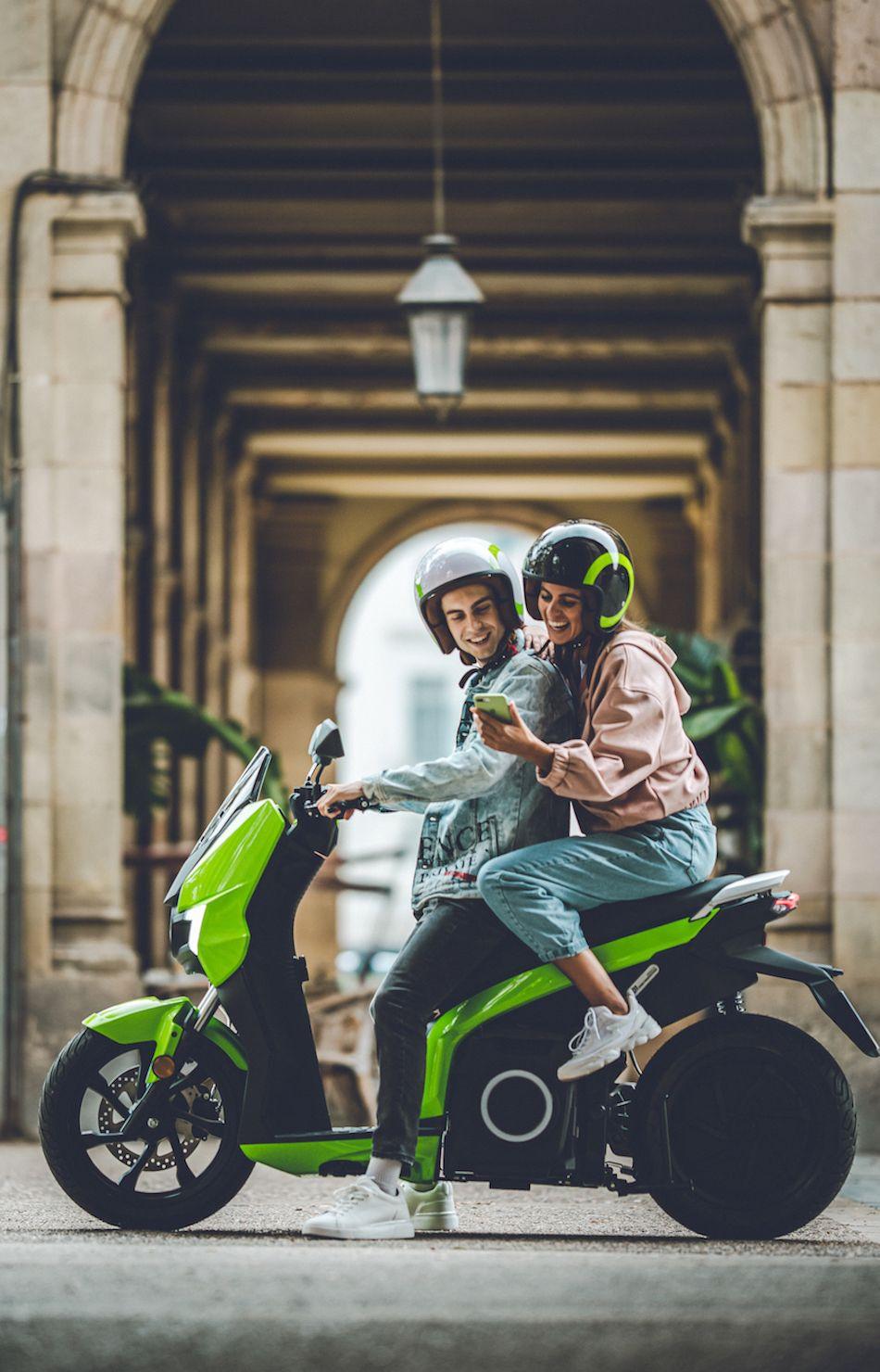 Elektrikli scooter Silence Türkiye'de satışta. Fiyatlar cep yakıyor! - Page 1