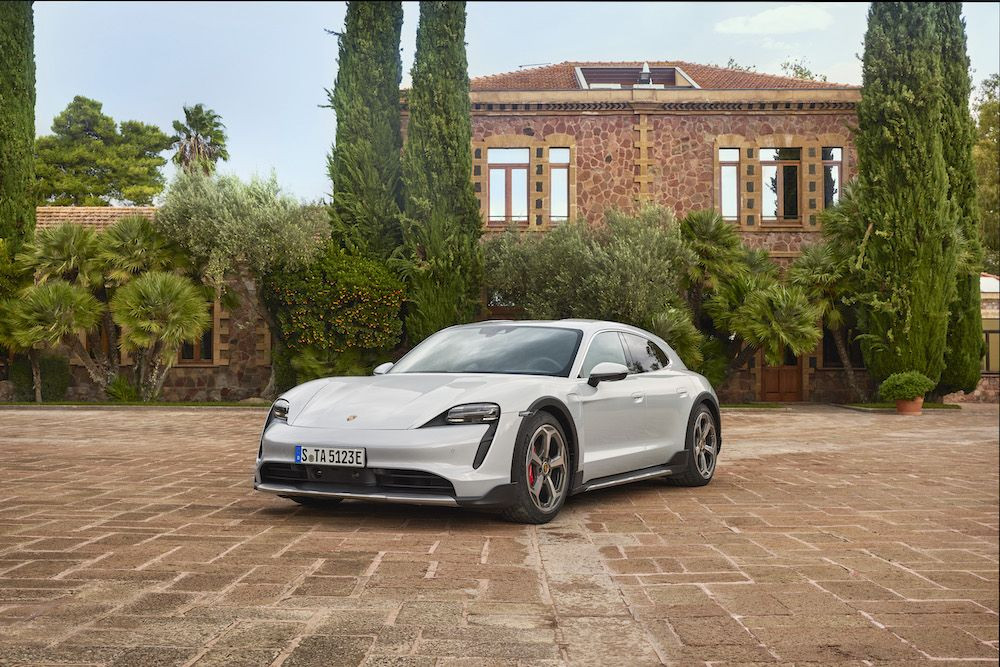 Elektrikli otomobilde devrim: Porsche Taycan Cross Turismo - Page 4