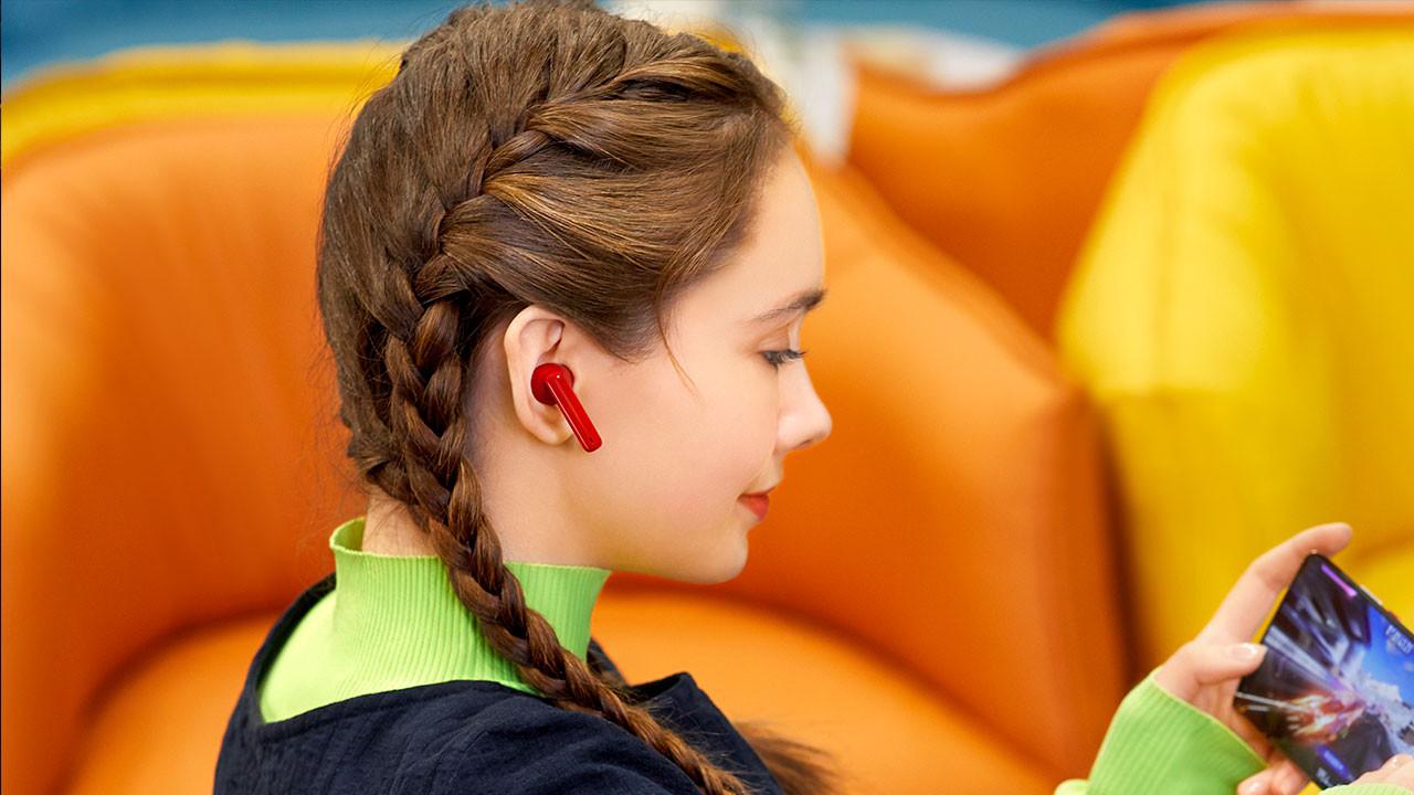Kulaklık ailesine yeni üye: Huawei FreeBuds 4i