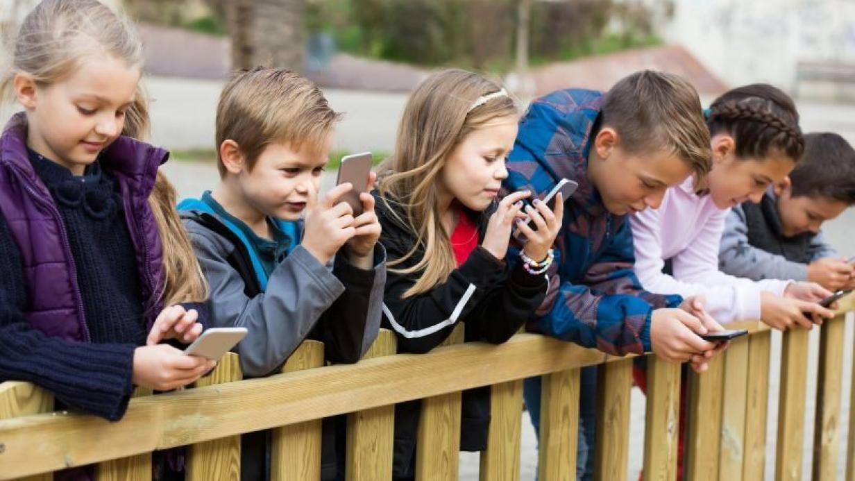 En yüksek SAR değerine sahip akıllı telefonlar! - Mart 2021 - Page 1