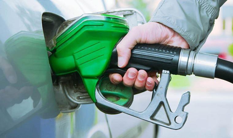 En az yakıt tüketen otomobiller! - Mart 2021 - Page 1