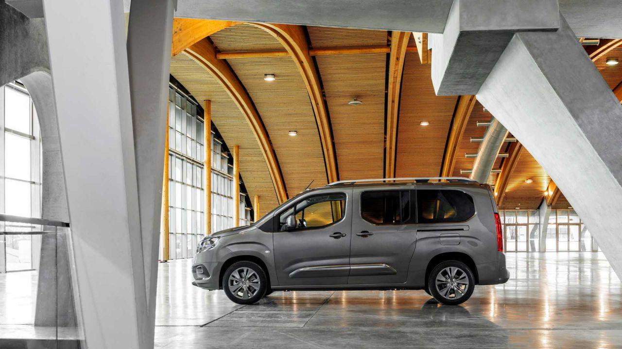Toyota Proace City fiyat listesi belli oldu! Lansmana özel indirimli! - Page 4