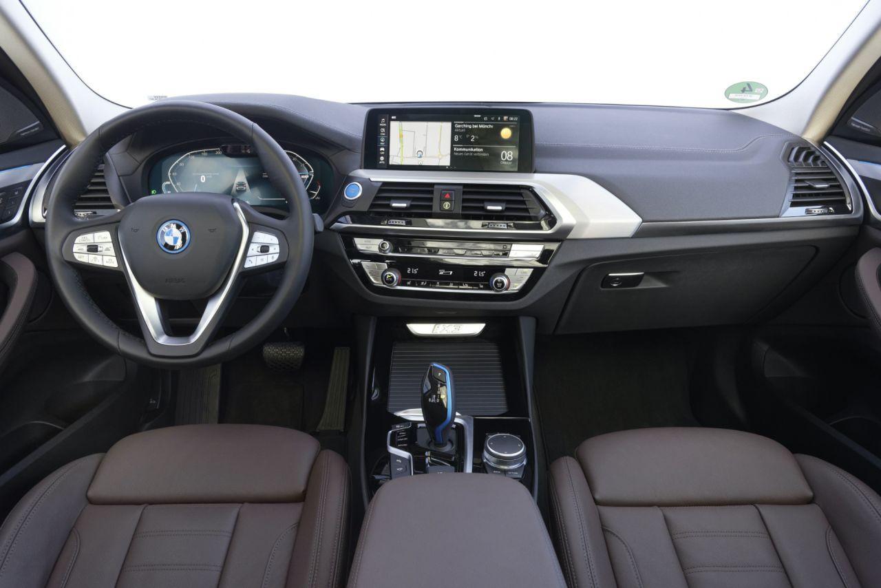 Tamamen elektrikli yeni BMW iX3 milyonluk fiyatı ile Türkiye'de - Page 3