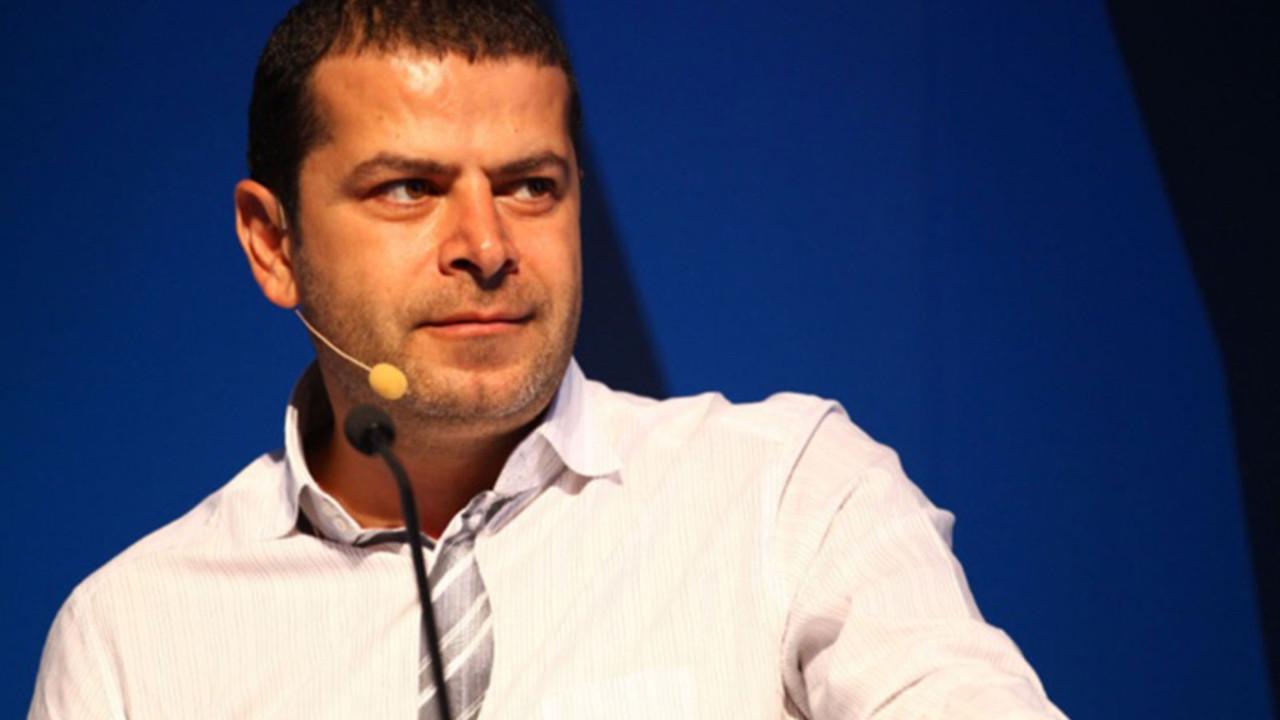 Cüneyt Özdemir NFT ile Tweet'ini sattı!