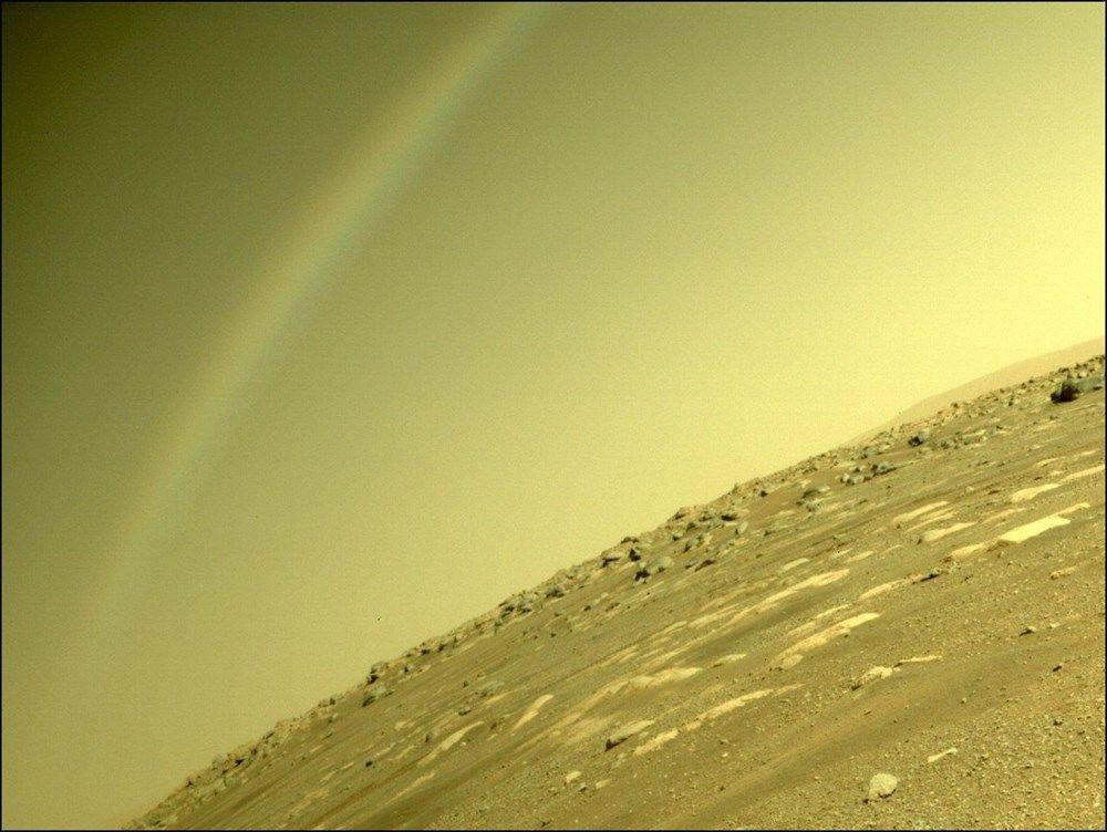 Mars'tan ilk renkli fotoğraflar geldi! Çok net! - Page 1