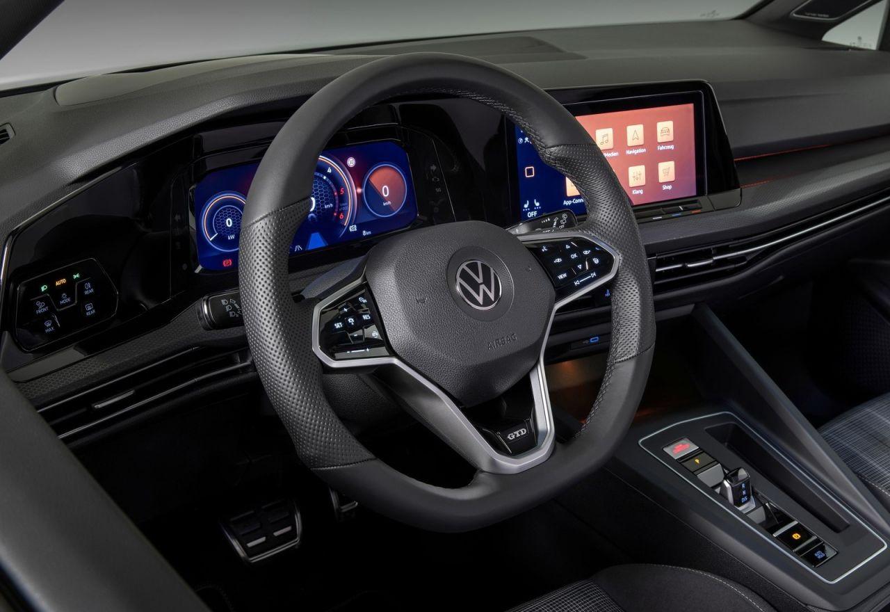 2021 Volkswagen Golf yenilenen fiyatları adeta cüzdan yakıyor! - Page 4