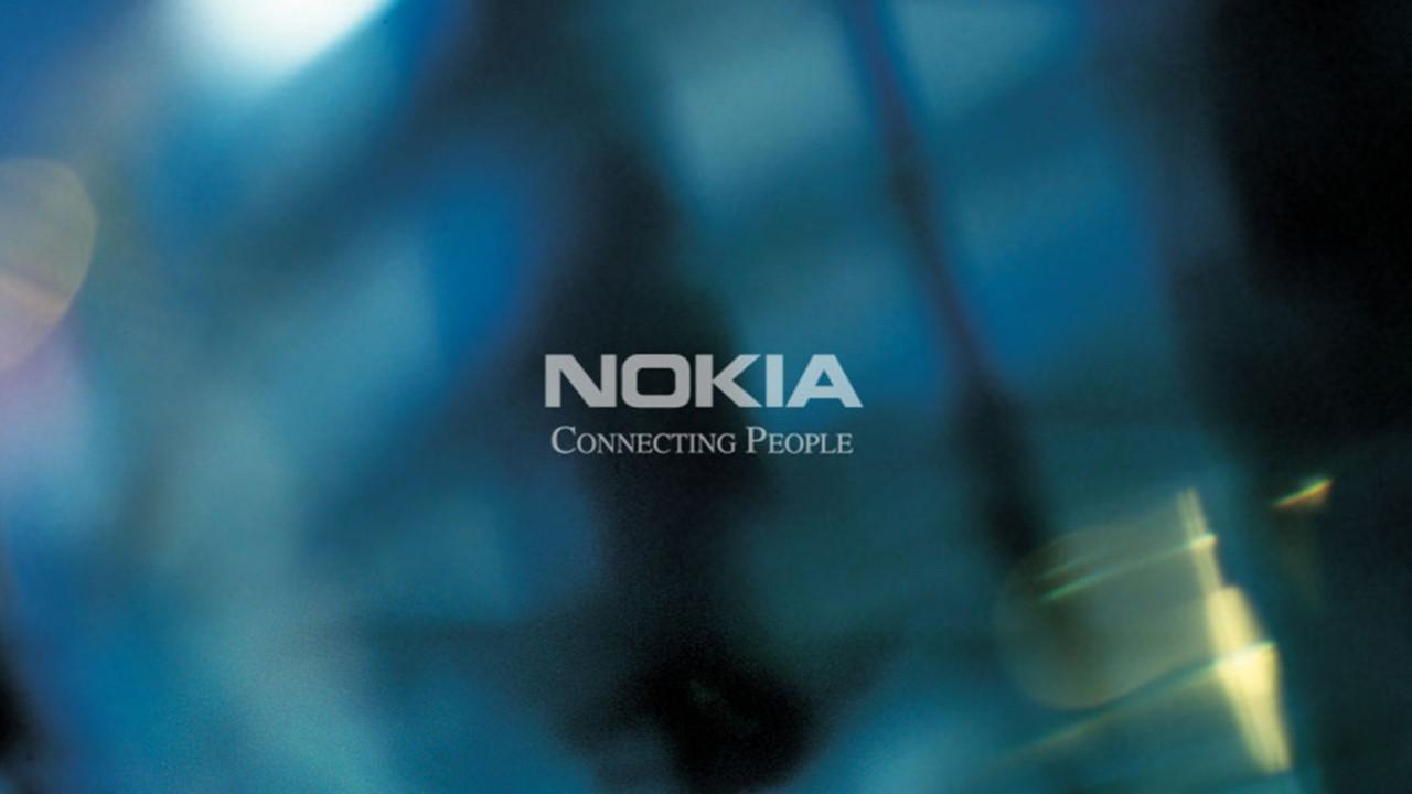 Nokia'dan 700 TL'lik katlanabilir telefon!