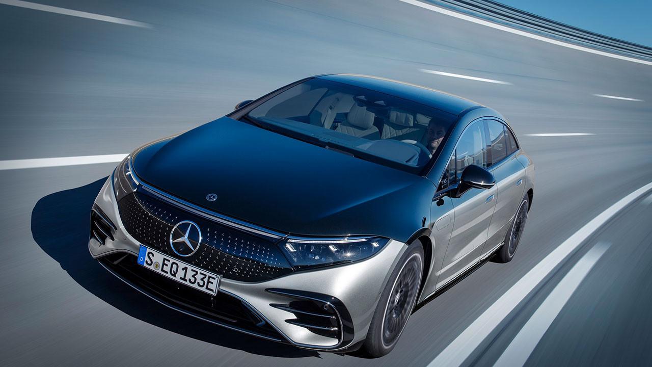 Kapıları el hareketi ile kapanan otomobil: Mercedes EQS