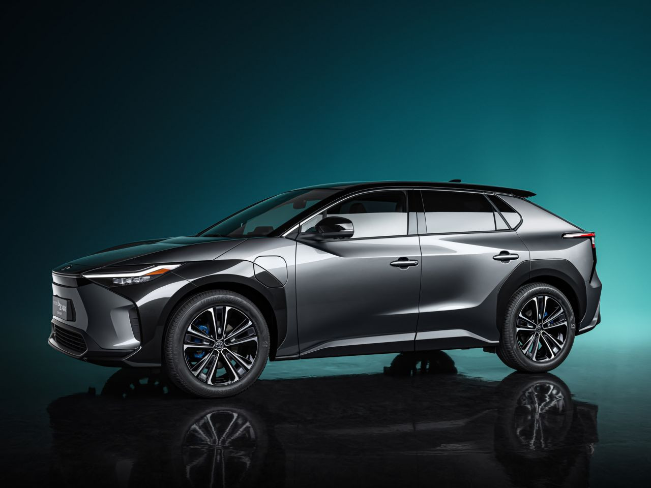 Toyota bZ4X ile yüzde 100 elektrikli otomobil pazarına giriyor - Page 2