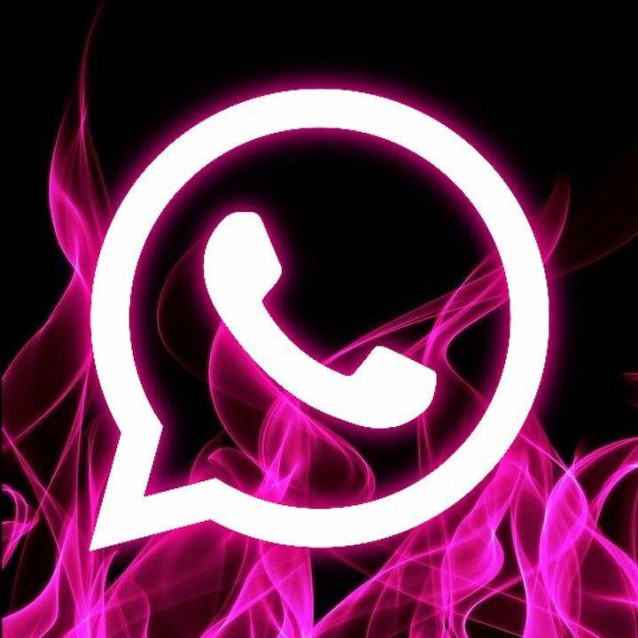 Pembe WhatsApp uygulamasına dikkat! - Page 1