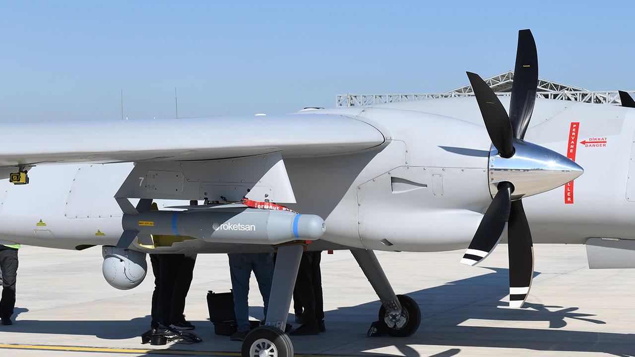 Yerli üretim MAM-T füzesi ilk test atışını başarı ile tamamladı