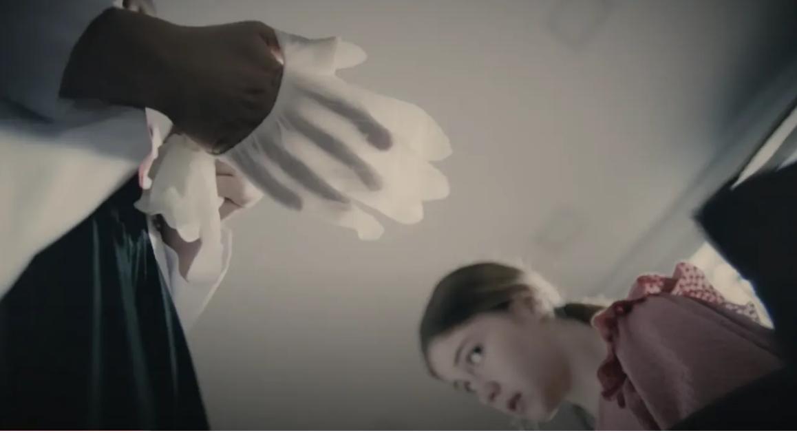 Camdaki Kız bekaret kontrolü sahnesiyle sosyal medyada trend oldu - Page 4