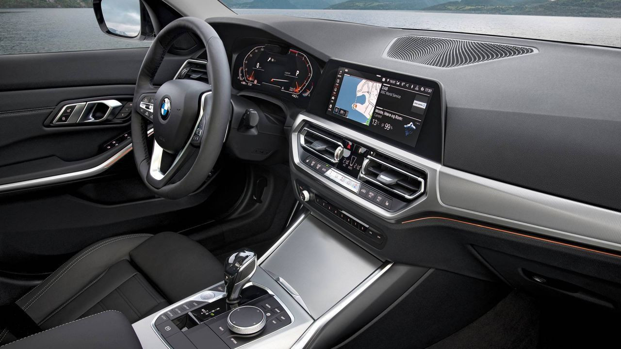 2021 BMW 3 Serisi yeni fiyat listesi adeta göz kanatıyor! - Page 4