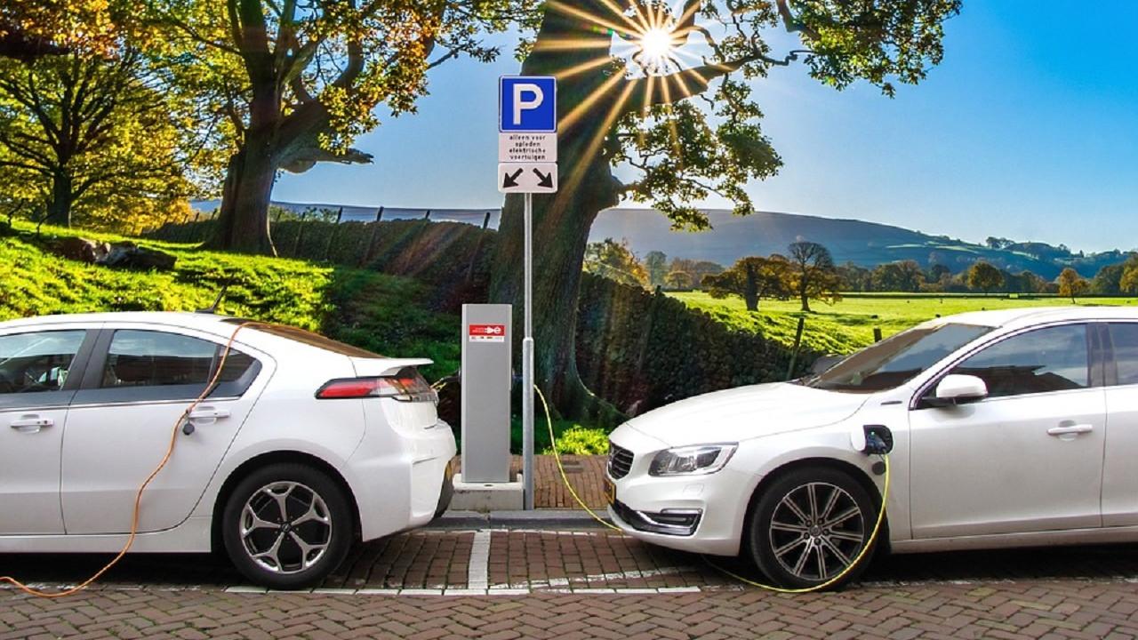 Elektrikli araç sahipleri pişman oldu benzin ve dizele geri dönüyorlar