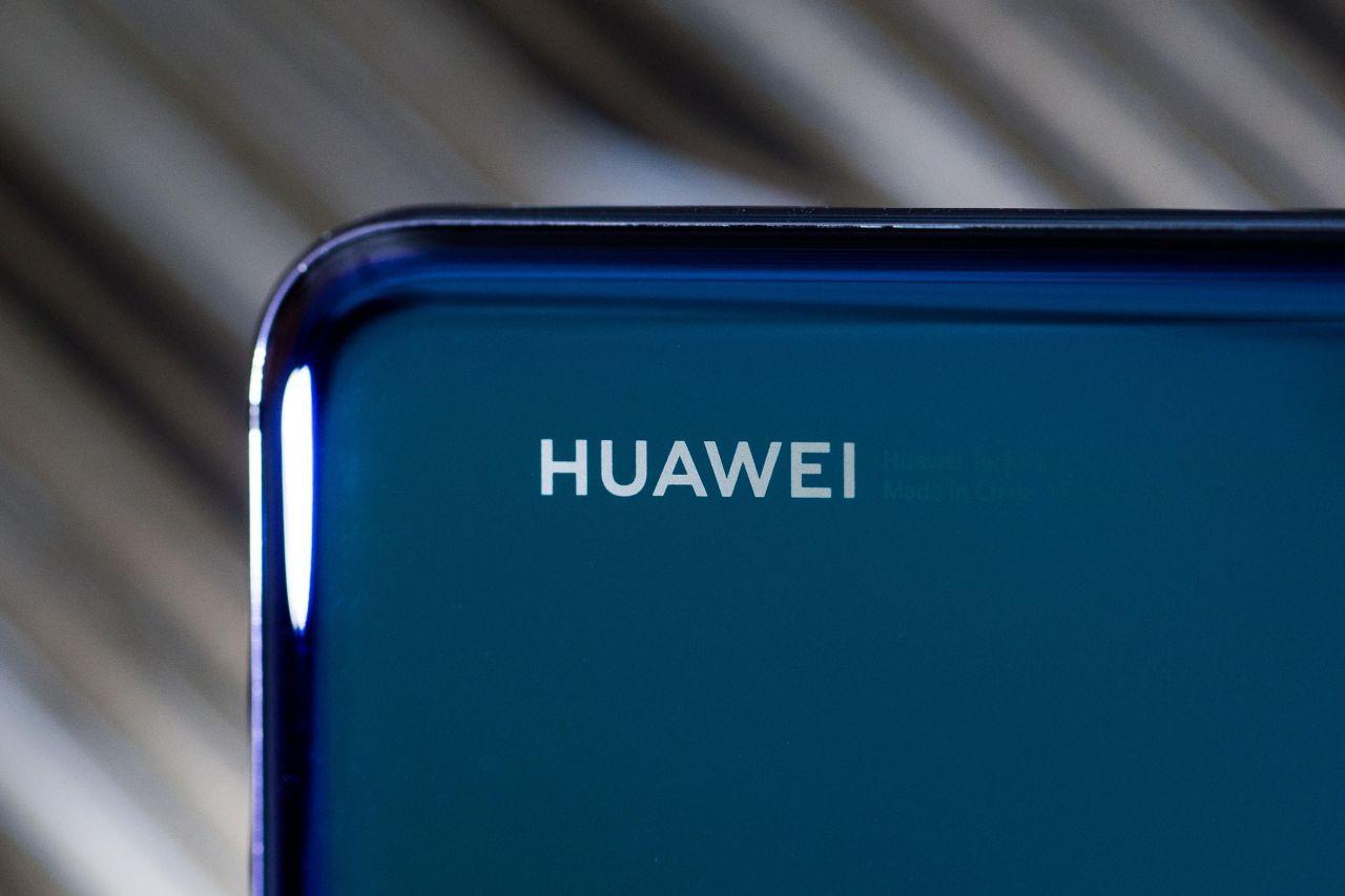 Bu Huawei telefonlar markanın en hızlıları! - Page 1