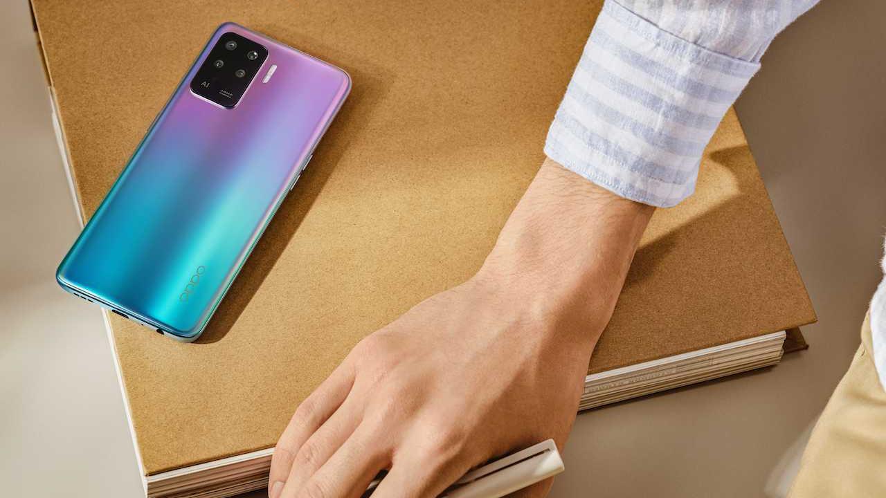 Türkiye'de üretilen yerli telefon Oppo Reno5 Lite satışta!