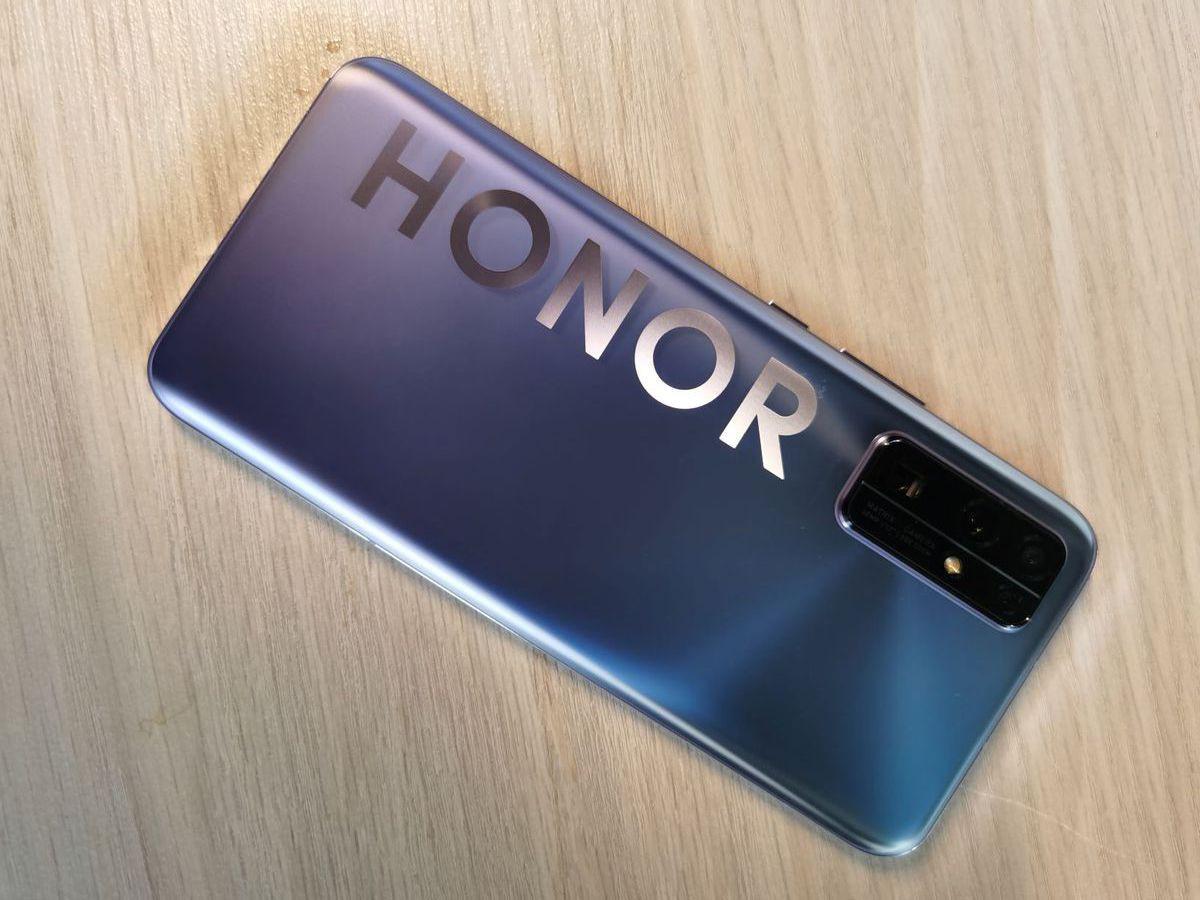 En yüksek batarya kapasiteli Honor telefonlar! - Page 1