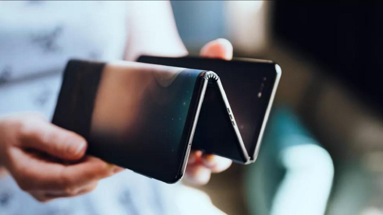 Xiaomi ve Oppo'dan uygun fiyatlı katlanabilir telefonlar geliyor!