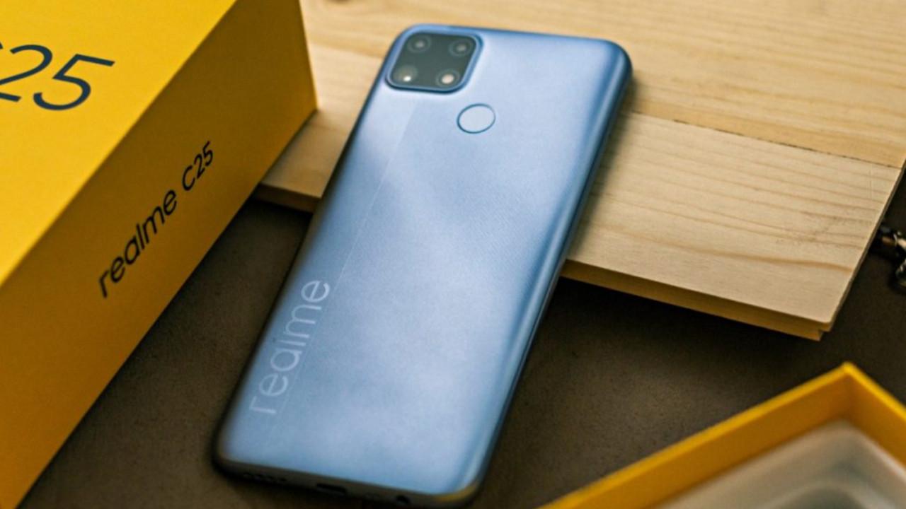 Realme fiyat işini abarttı! Bu kadar ucuz telefon Xiaomi'de bile yok!