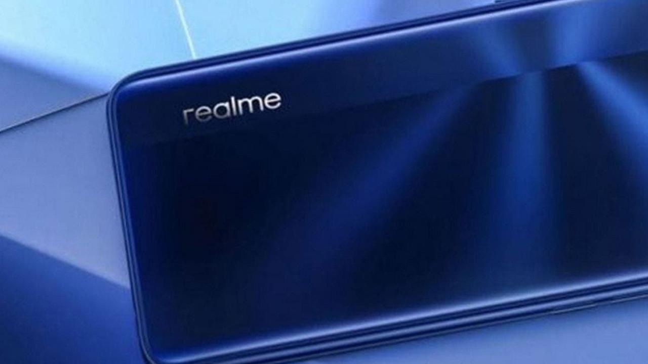realme Oppo Reno5 benzeri bir telefonla geliyor