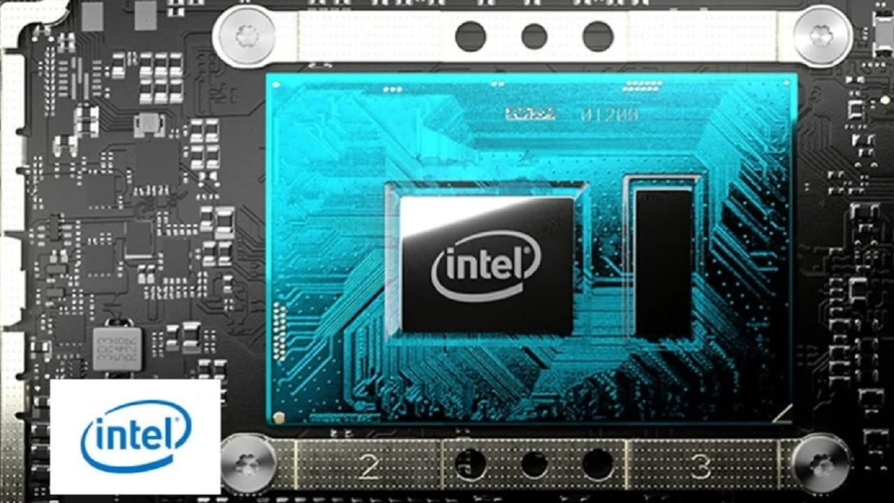 Intel CEO'su kötü haberi verdi! Bilgisayar fiyatları katlanabilir!