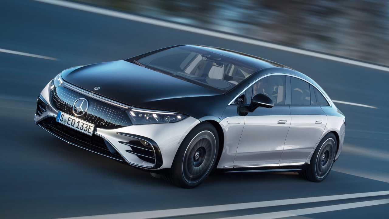 Mercedes geleneksel otomobil üretimini bitiriyor!