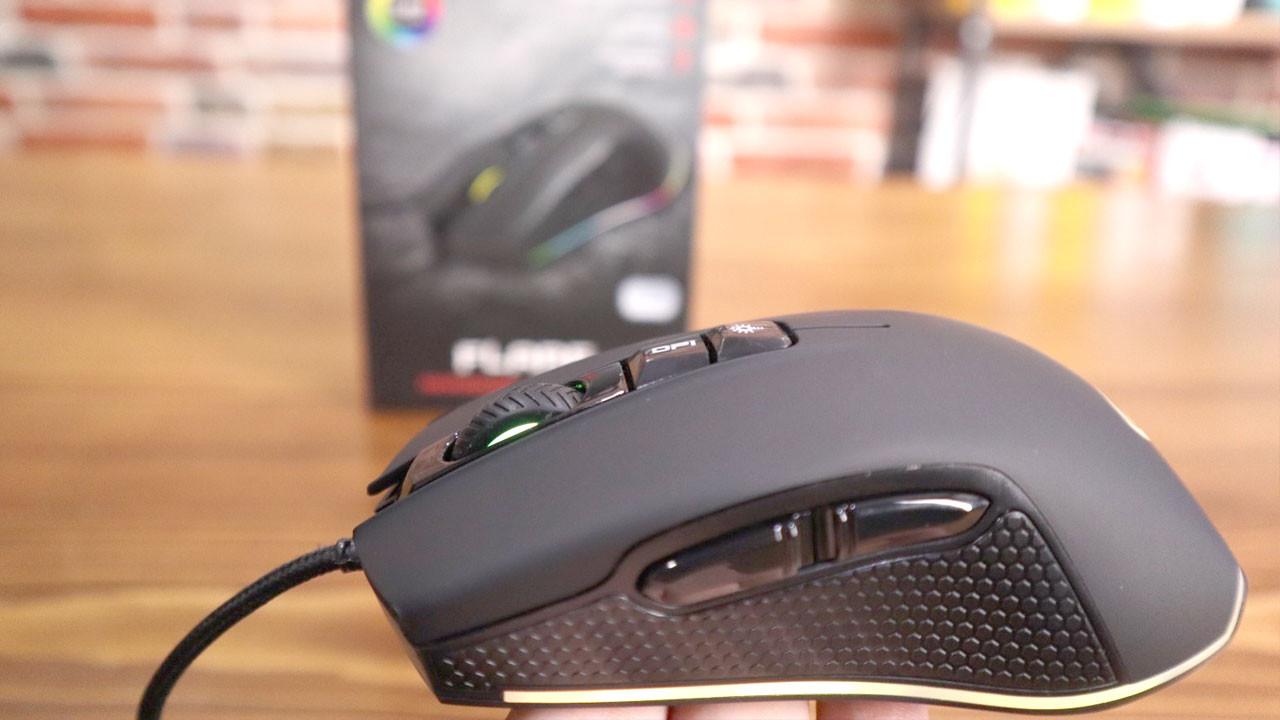 Oyunculara ekonomik RGB fare: Rampage SMX-R51 FLARE