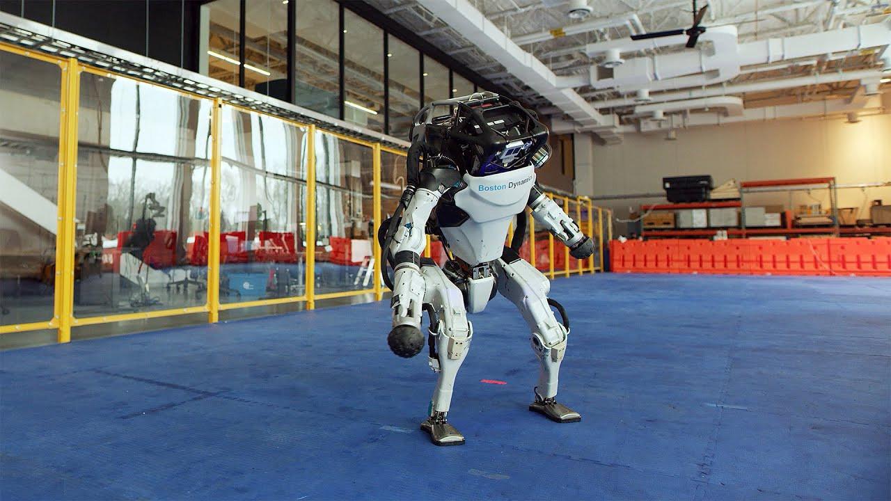 Boston Dynamics'den şaşırtıcı robot videosu!
