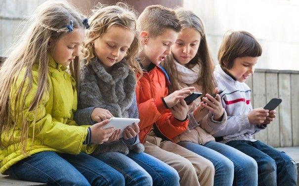 Çocuğunuzun ilk akıllı telefonu: Uygun yaş, telefon türü, ebeveyn denetimi - Page 4