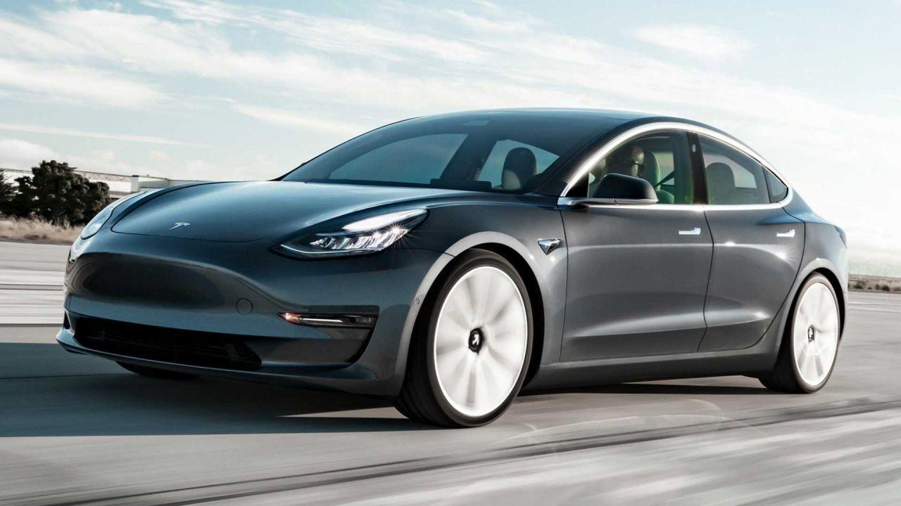 Avrupa'nın en çok satılan 10 elektrikli otomobili! Bak işine Tesla! - Page 2