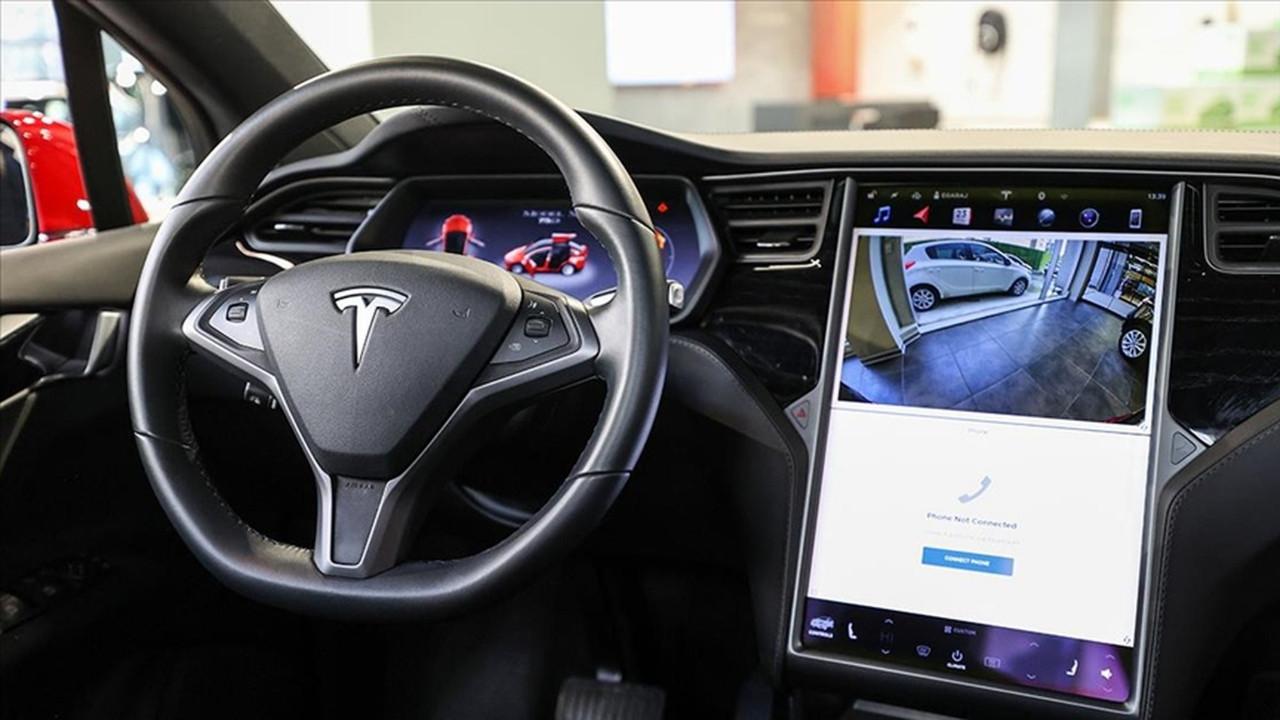 Tesla çip krizinden kötü etkilendi! Üretim aksıyor
