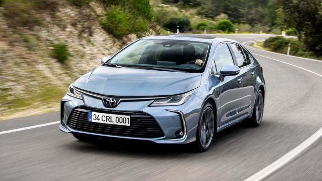2021 Toyota Corolla fiyat listesi! İşte size fırsat - Page 1