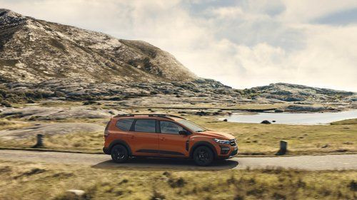 The seven-seat Dacia Jogger will sell like cheesecake! 5
