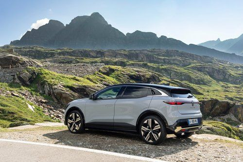 The new Megane E-tech Electric has been officially unveiled! 5
