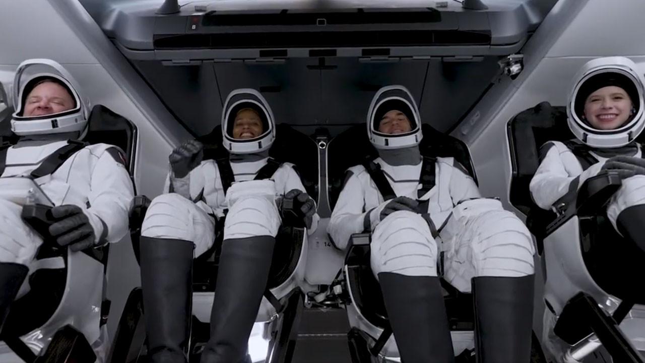 Uzay turistlerinin ilk yolculuğu başladı!