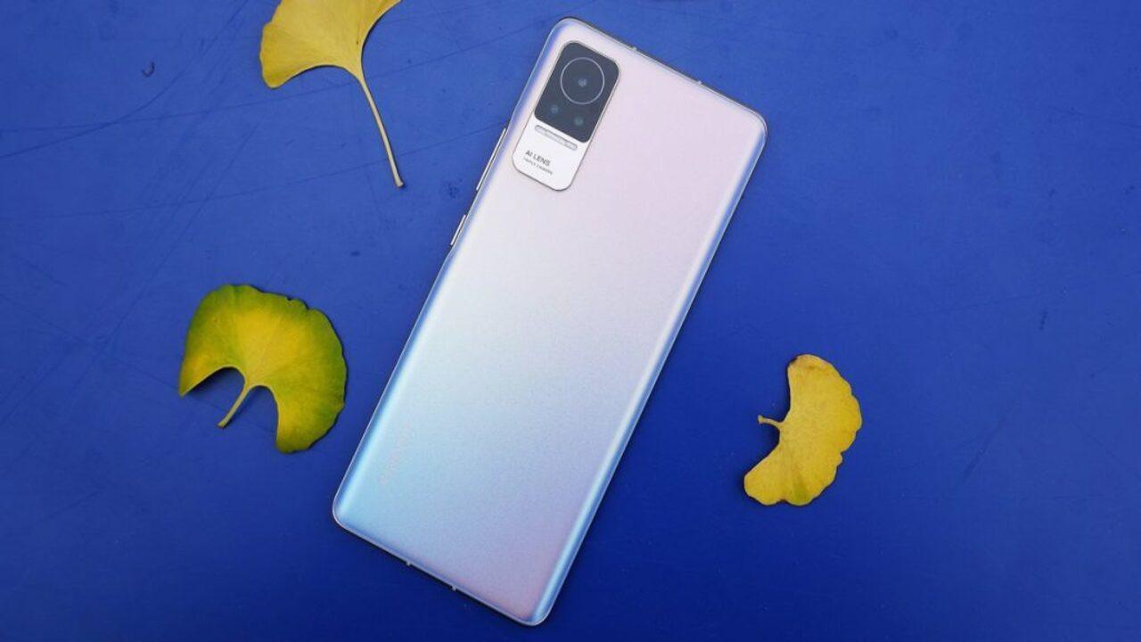 Xiaomi'nin kavisli ekrana döndüğü yeni modeli: Xiaomi CIVI!