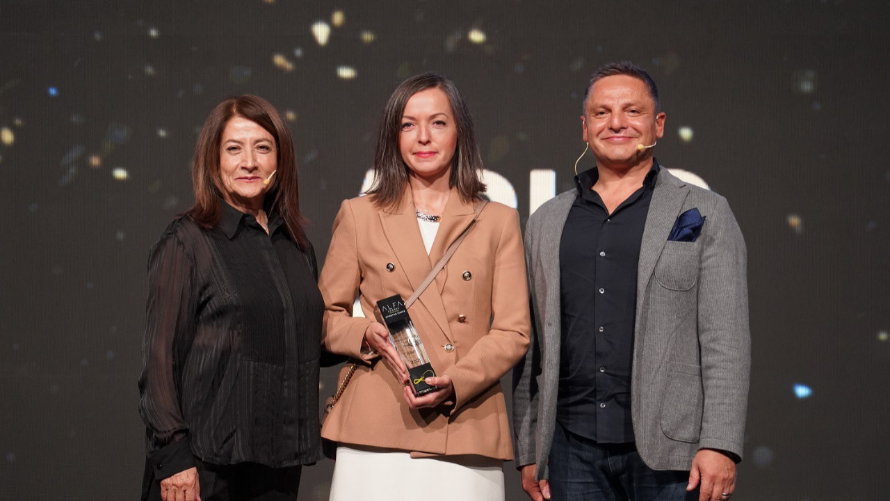 """ASUS, """"Müşteri Deneyimini En İyi Yöneten Marka"""" seçildi"""