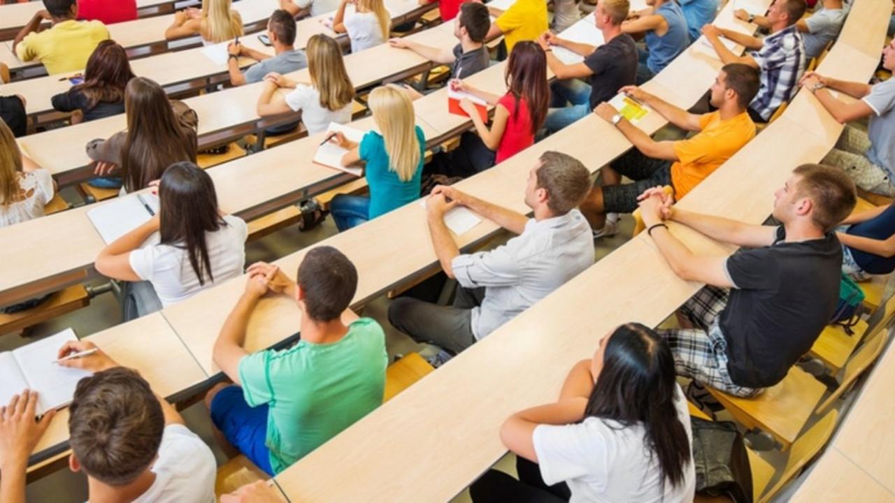 Üniversiteler kapanacak mı? Yüz yüze eğitim bitecek mi?