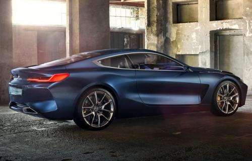 BMW 8 Serisi resmen büyülüyor!