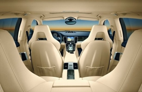 Dizel motorlu, otomatik şanzımanlı sedan otomobiller