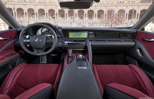 2018 model Lexus LC 500h!