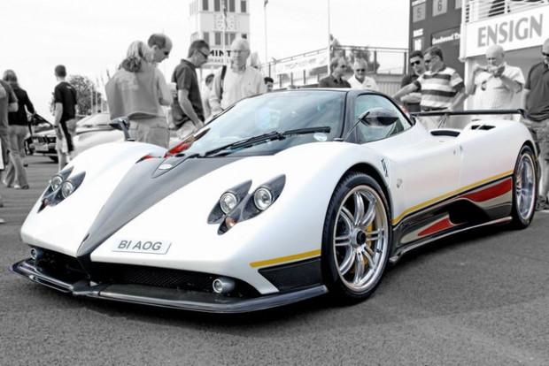 1 milyon sterlin değerindeki arabanın benzerini 15 bin sterline yaptı! - Page 1
