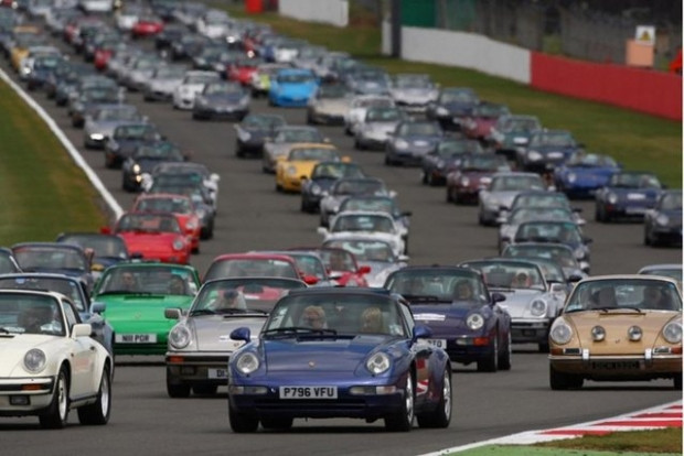 1200 Porsche aynı pistte buluştu - Page 3