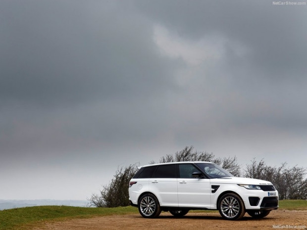Land Rover Range Rover Sport SVR 2015 - Page 2