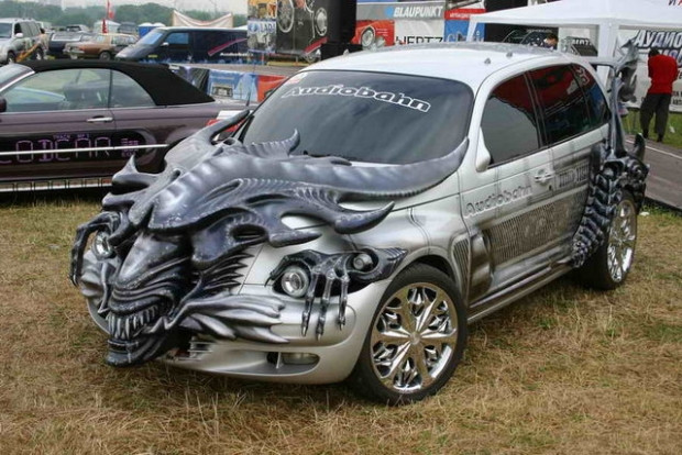 Abartıda sınır tanımayan en çılgın modifiye arabalar - Page 4