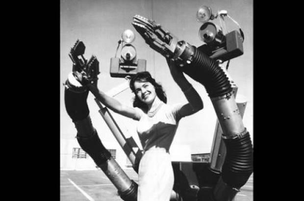 1810 yılından günümüze gelmiş robotlar - Page 1