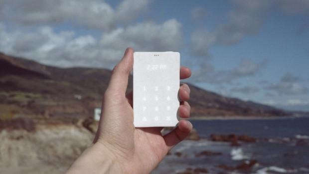 20 günlük şarjı ile dünyanın en hafif telefonu - Page 2