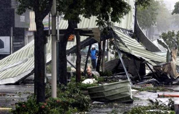 200 km hızla Tayvan'ı vuran tayfun - Page 2