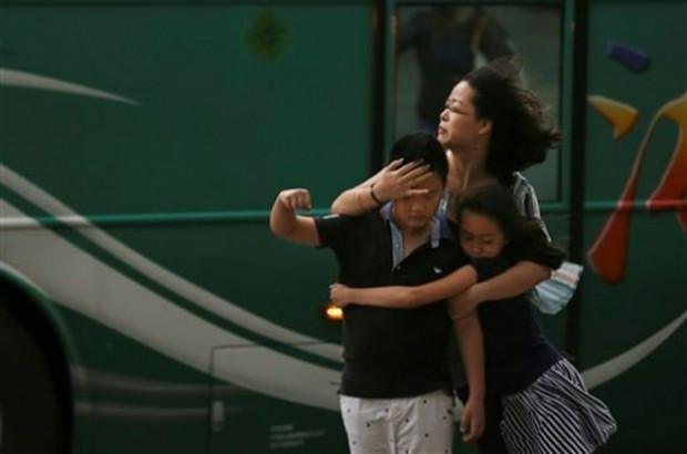 200 km hızla Tayvan'ı vuran tayfun - Page 3