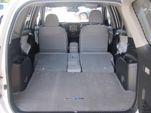 2012 Toyota RAV4 EV Prototype - Page 4
